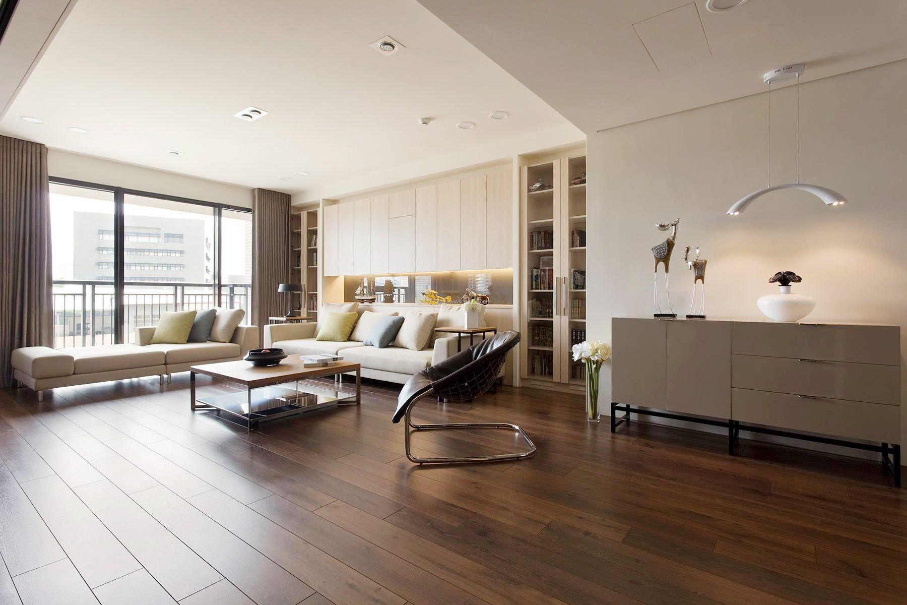 家装客厅浅褐色木地板装修效果图片
