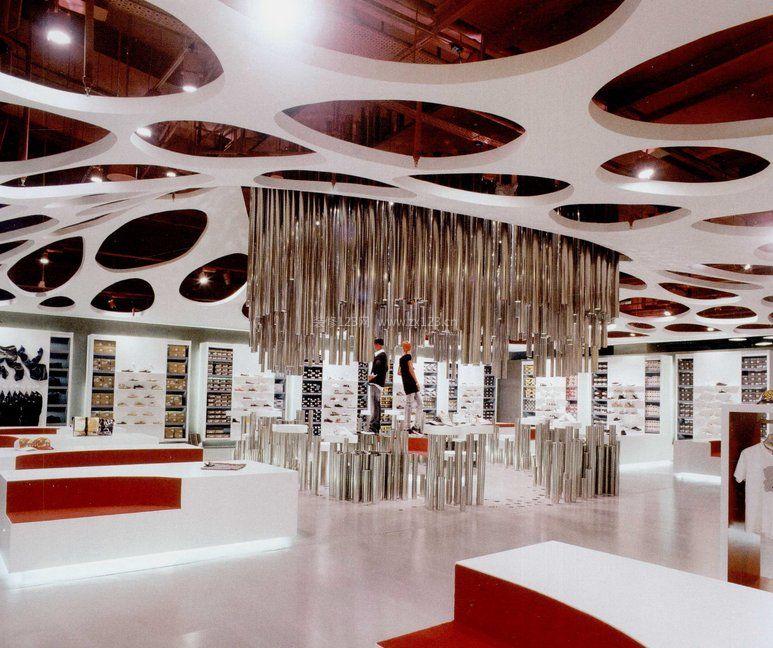 个性服装店风格天花板吊顶装修_装修123效果图