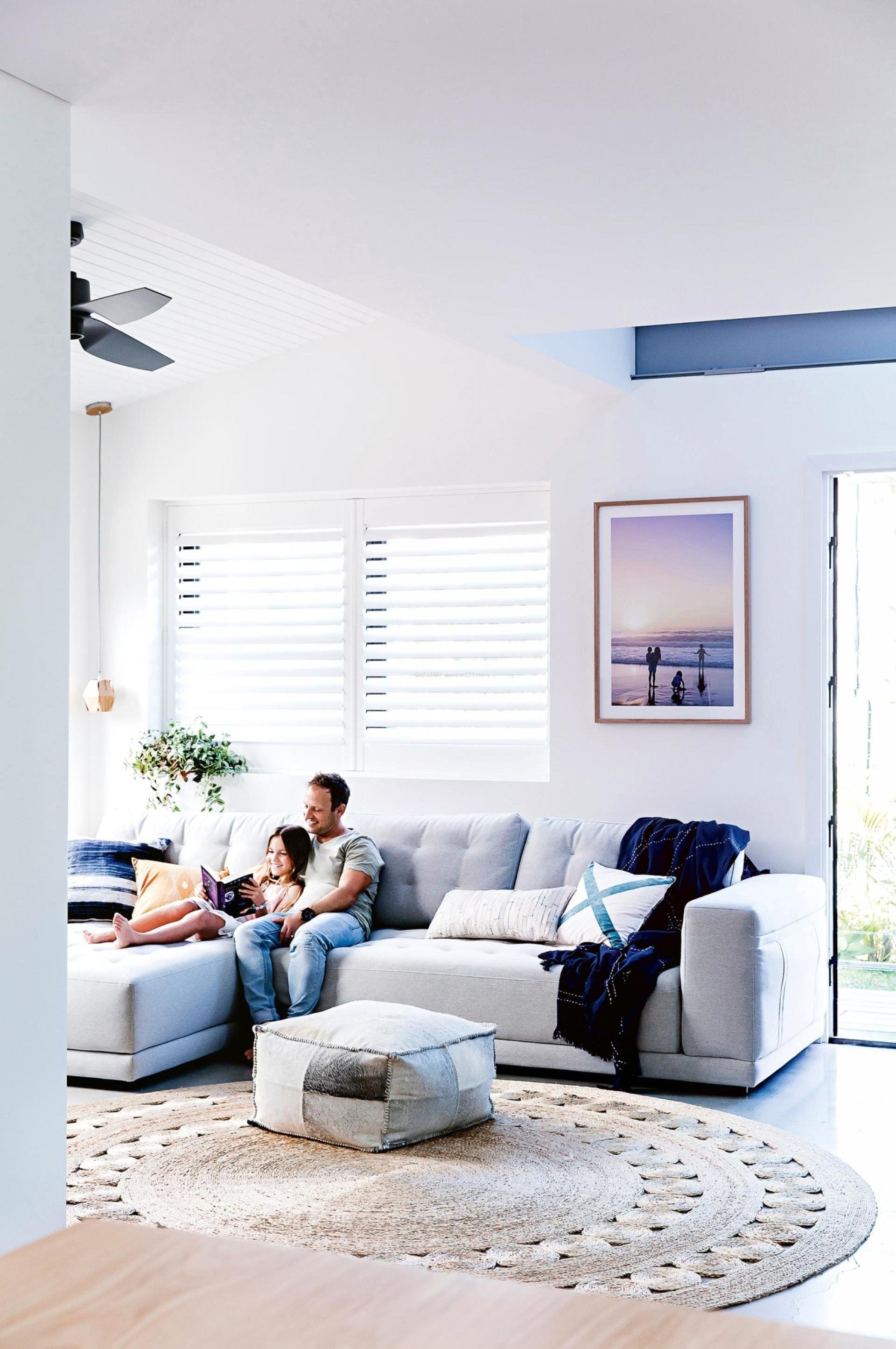 2017年家装客厅沙发摆放装修效果图片