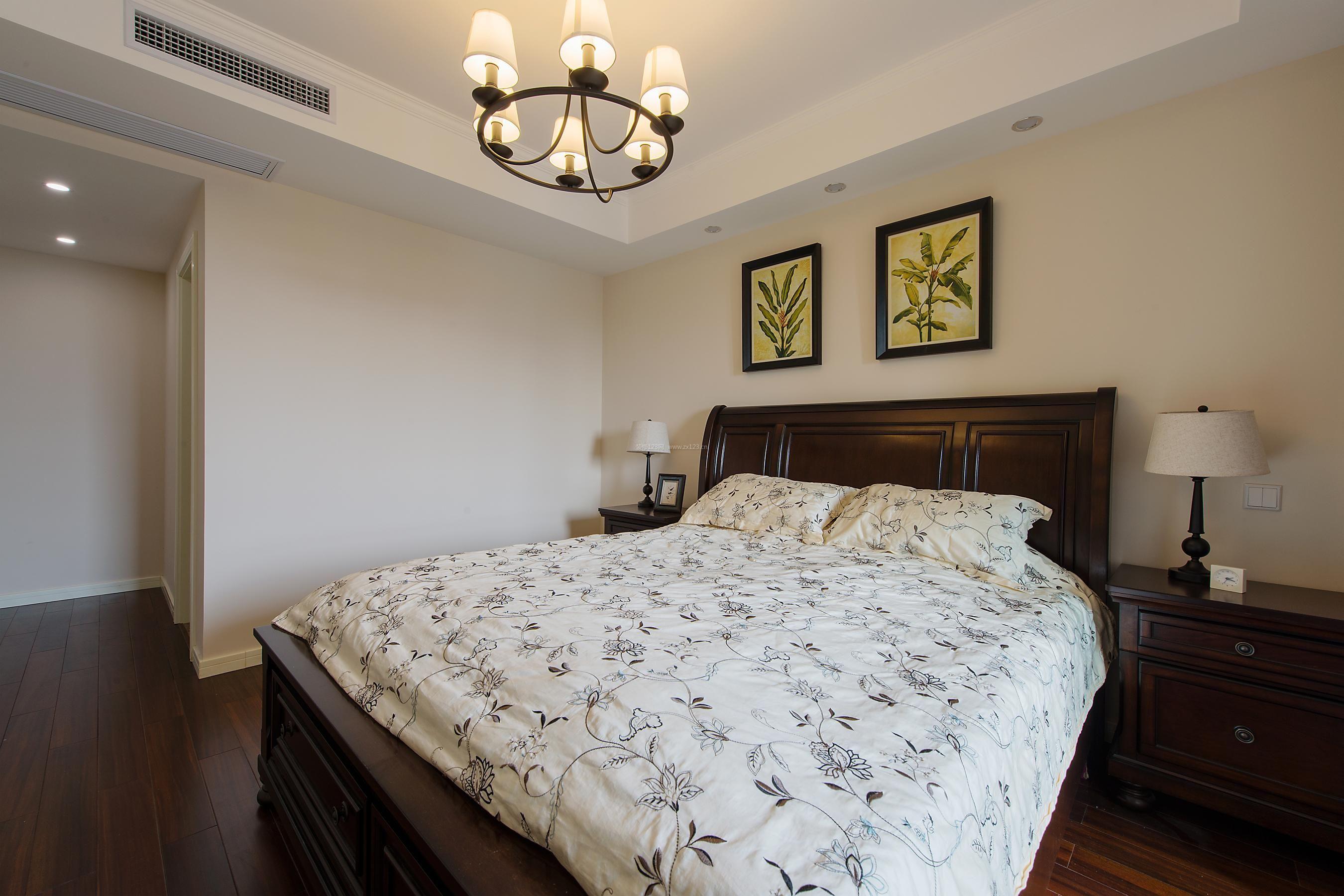 简单美式卧室床头装饰画装修效果图图片