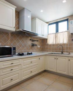 简约美式风格厨房墙砖装修效果图