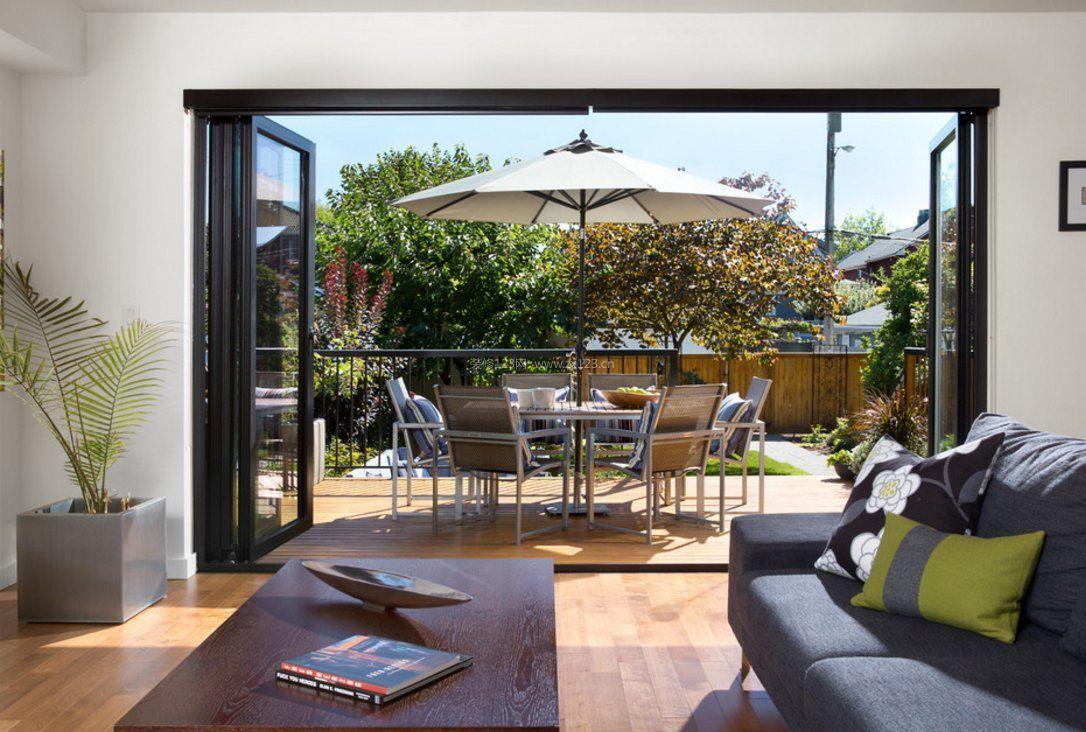 开放式客厅阳台折叠门装修效果图