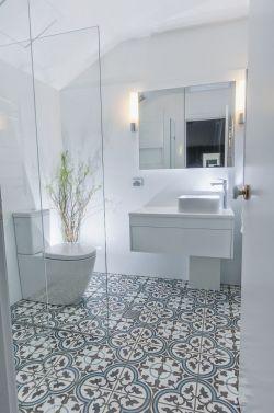 卫生间地砖拼花装修设计图
