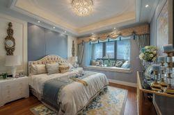 法式風格臥室飄窗榻榻米設計效果圖片
