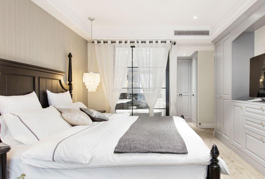 公寓式住宅卧室带卫生间装修效果图