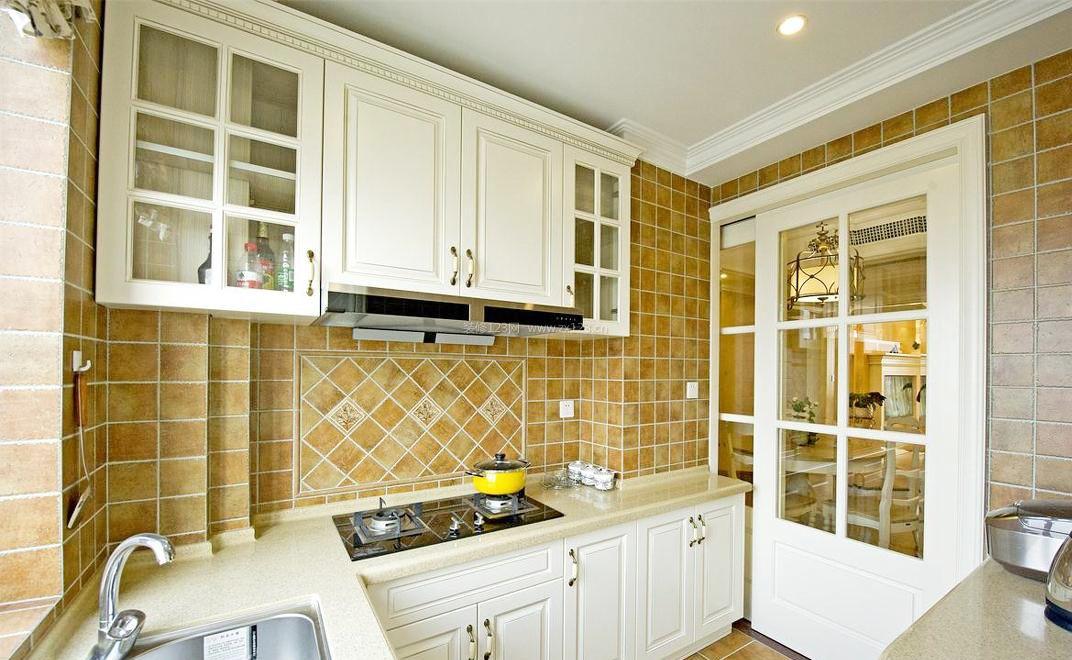新农村房子厨房墙面瓷砖设计装修图_装修123效果图