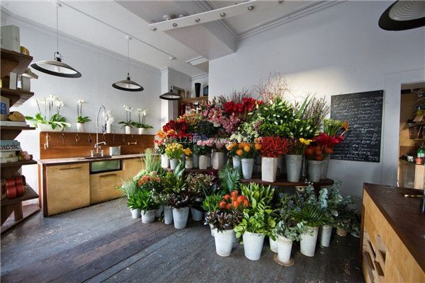 昆明花店装修设计方法 花店还能这样装修图片