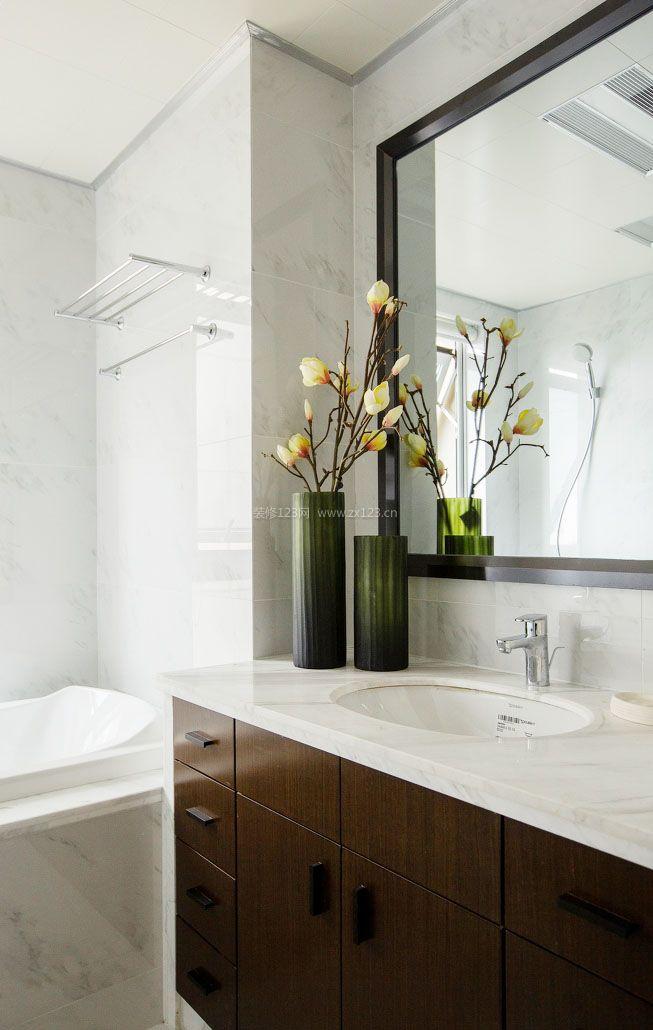 家装效果图 两室 两室一厅房子浴室柜装修效果图片 提供者:   ←