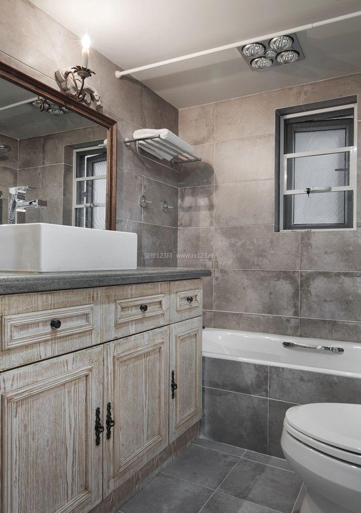 别墅简约美式卫生间带浴缸装修效果图