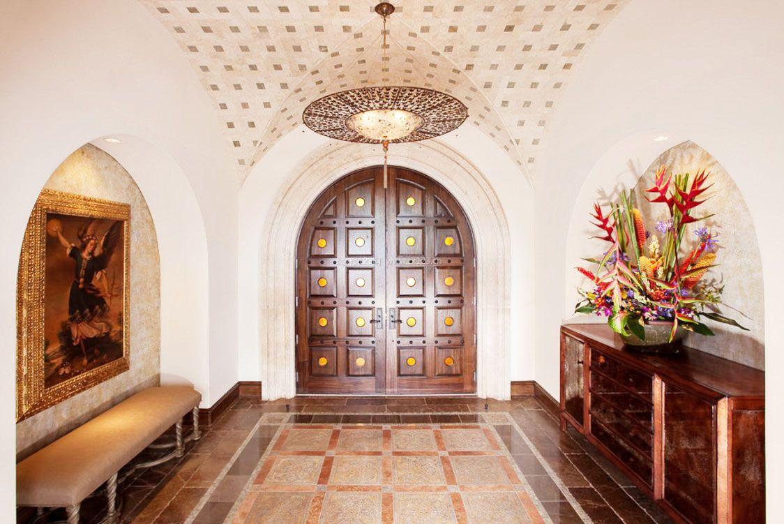 美式别墅门厅装修效果图片