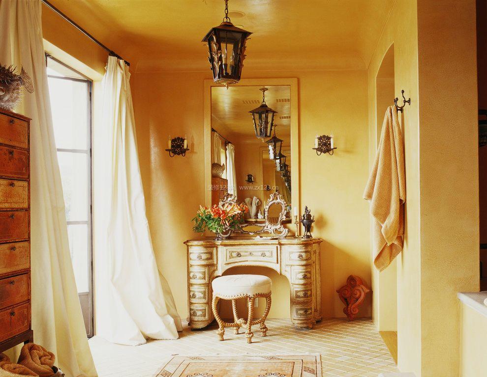 家庭室内木工做的梳妆台装修效果图样