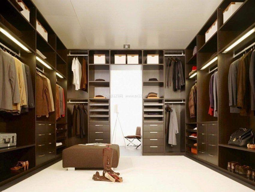 大户型卧室衣柜内部格局效果图片