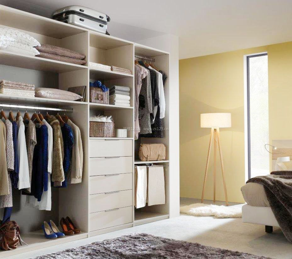 家庭卧室衣柜内部格局效果图片