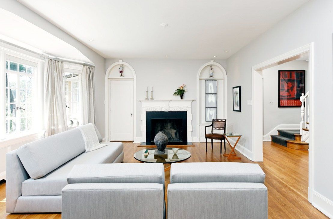 家庭客厅装修灰白色墙面效果图