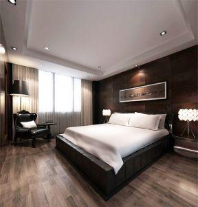 男士房间装修 浅色木地板