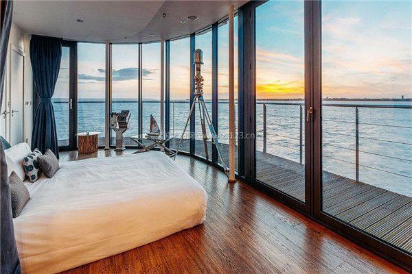 海景房卧室落地窗装修设计