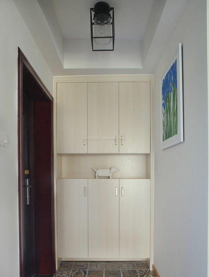 客厅进门衣柜鞋柜装修效果图