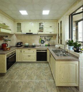 普通家庭厨房装修效果图 集成吊顶装修效果图