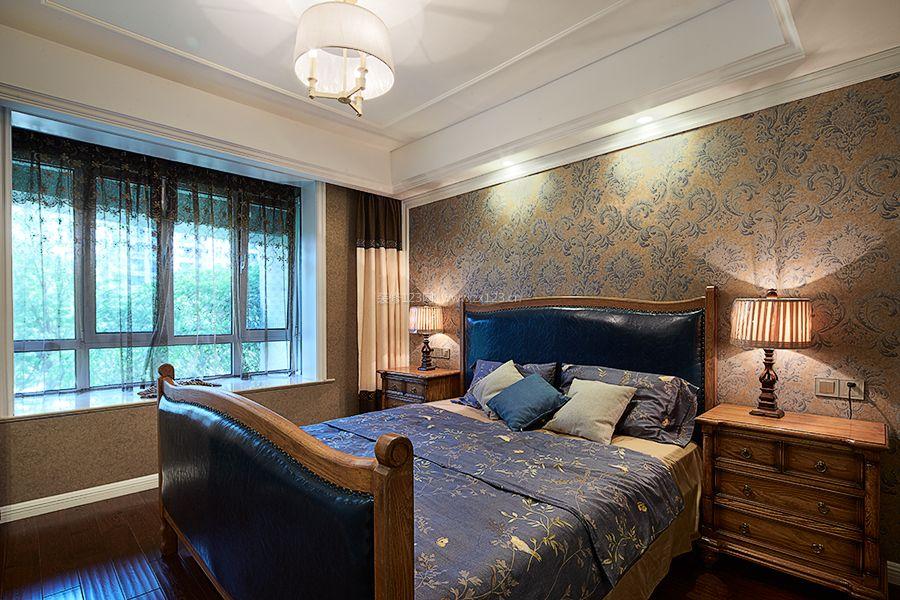 美式风格卧室墙纸背景墙装修效果图