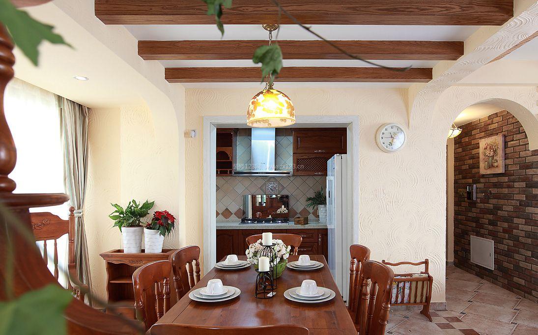 房屋室内经典生态木吊顶图片