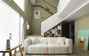 漂亮的客厅窗帘装饰设计图片2017