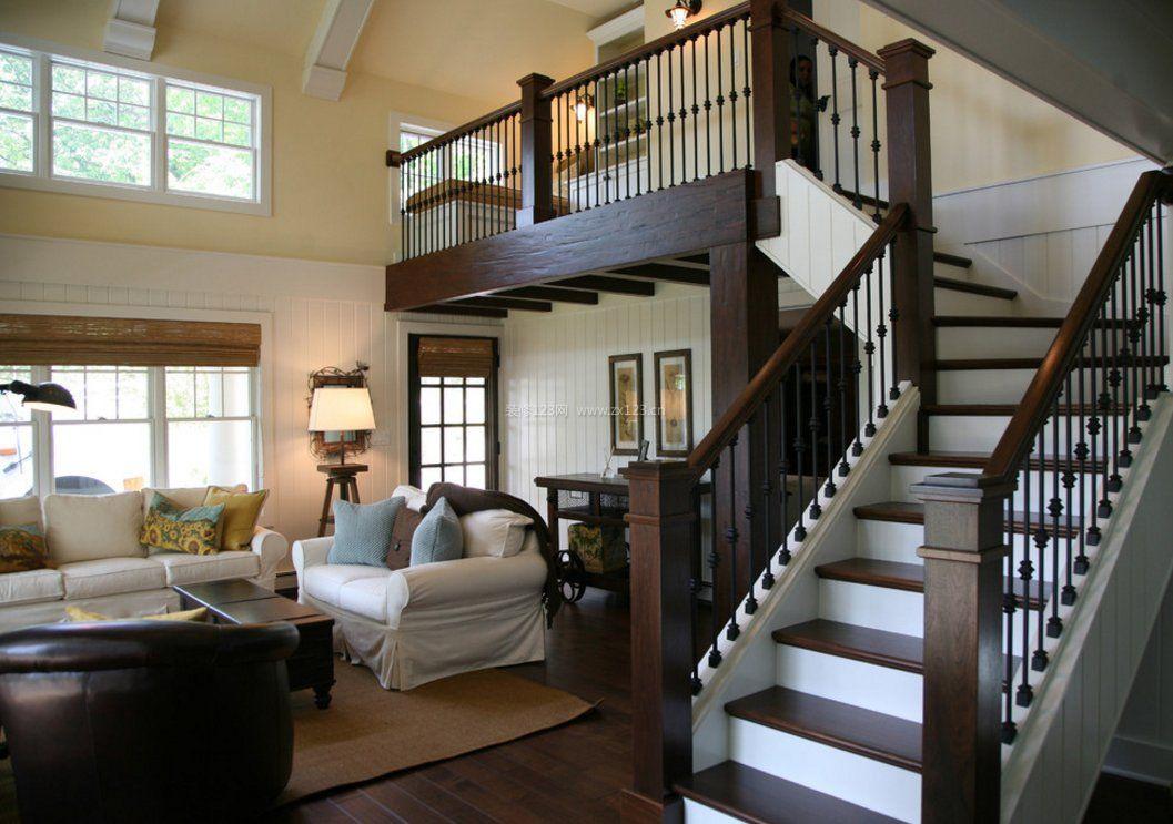 欧式客厅小空间阁楼楼梯设计装修效果图