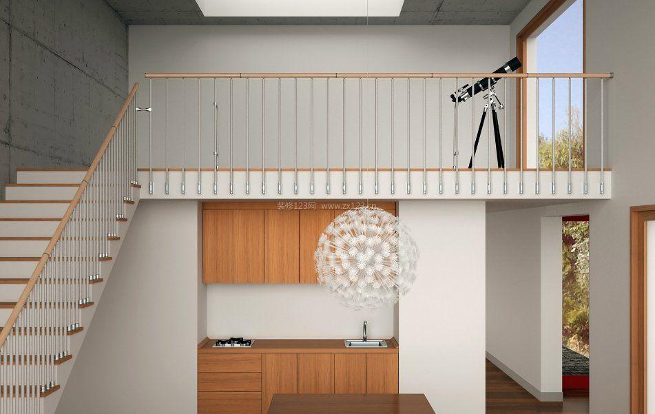 小空间阁楼楼梯不锈钢扶手设计
