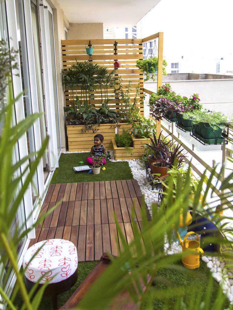 高层阳台花园防腐木花架装修效果图片