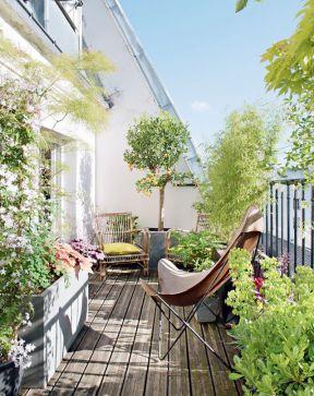 高层阳台花园装修效果图 2017木地板贴图