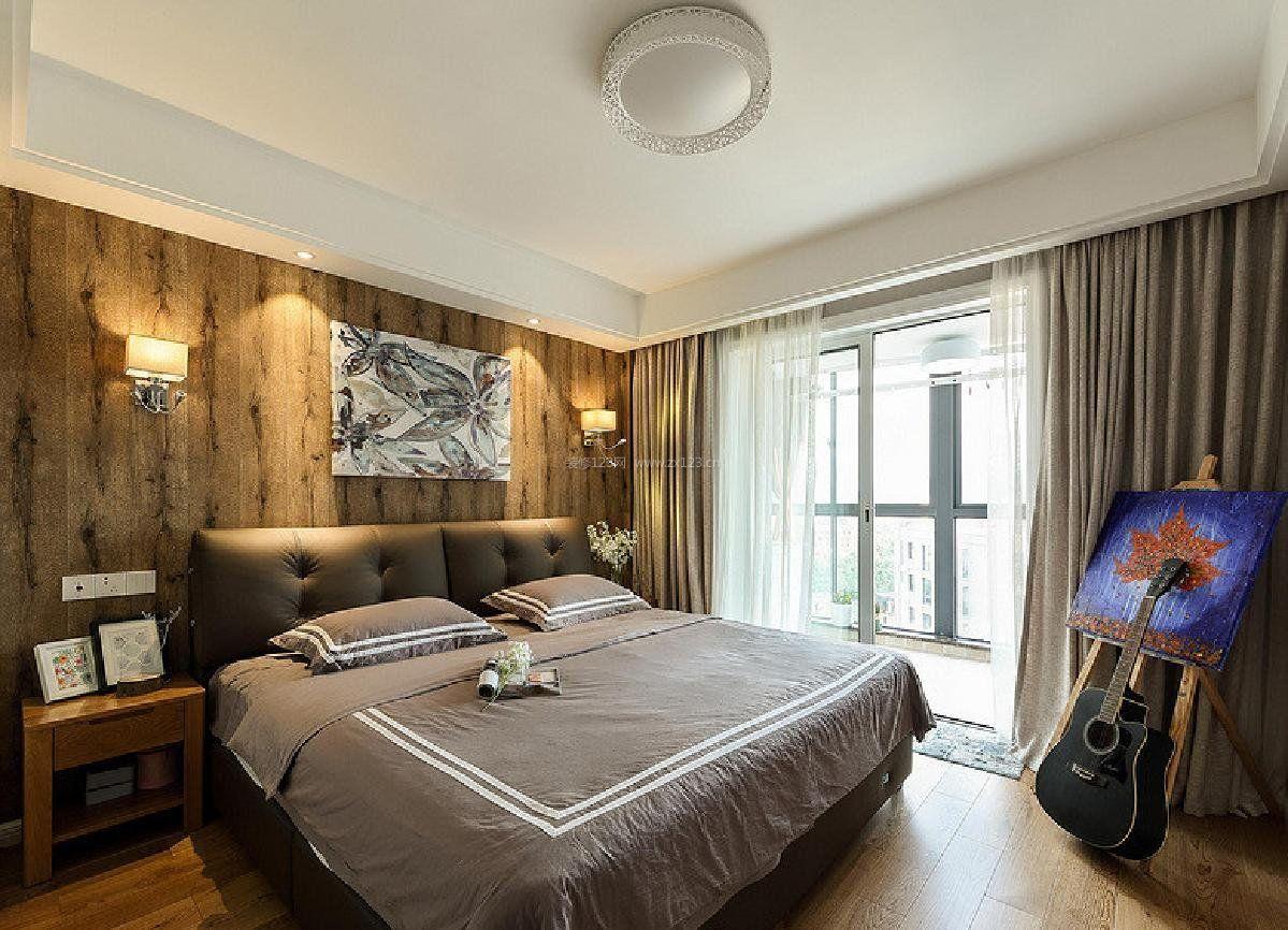 2017主卧室床头木背景墙装修效果图