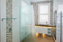 時尚現代家裝衛生間玻璃隔斷圖片大全