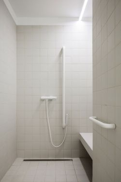 2017北欧卫生间内墙白色瓷砖贴图装修效果图片