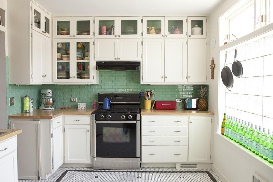 家庭简约小厨房吊柜装修设计效果图片2017