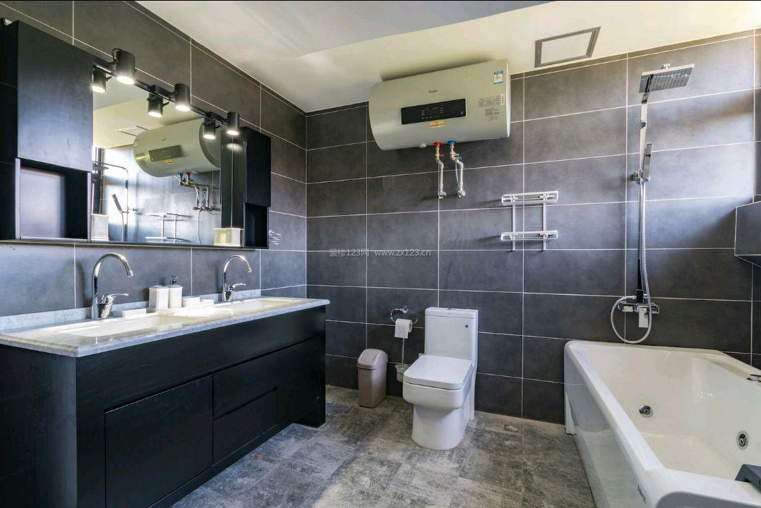 现代北欧风格卫生间带浴缸装修效果图片