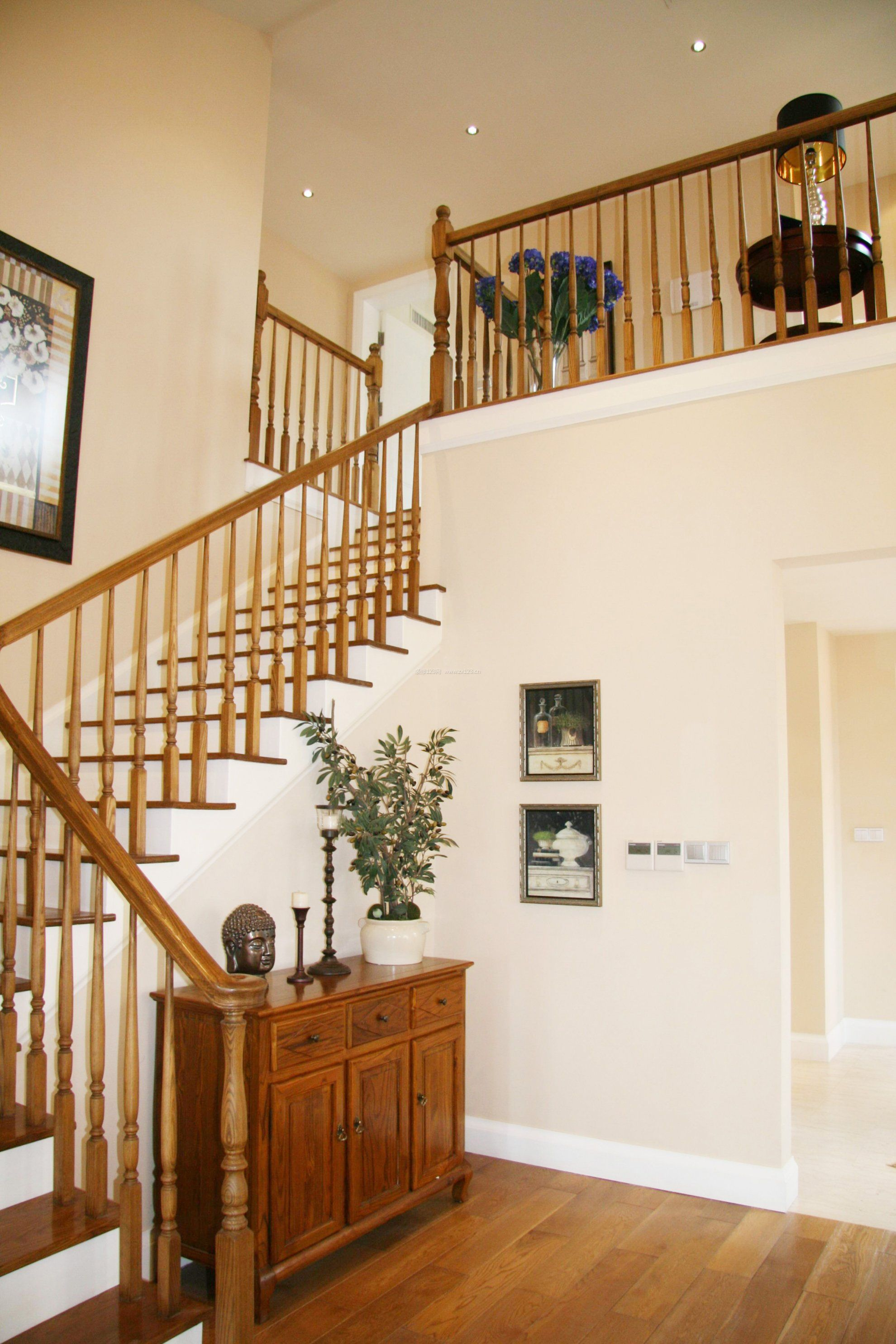 简约美式复式楼楼梯栏杆图片_装修123效果图图片