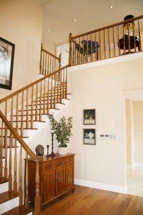 复式楼楼梯栏杆图片