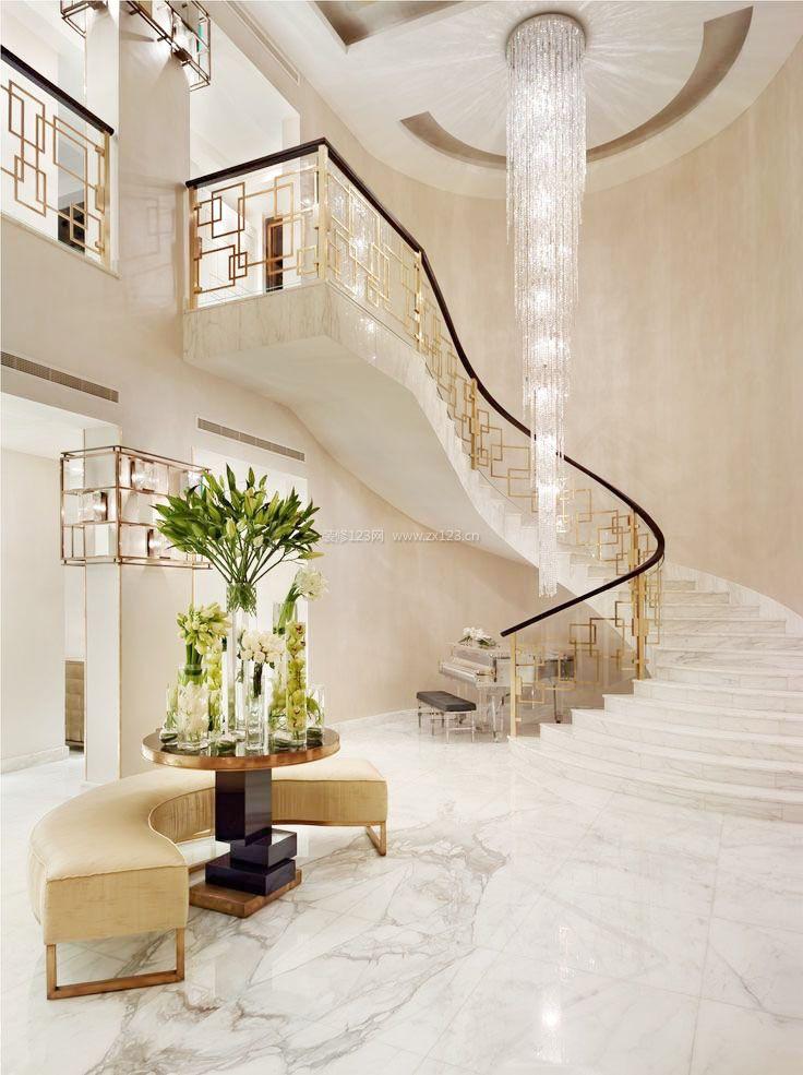 简欧风格跃层别墅大厅楼梯装修效果图片