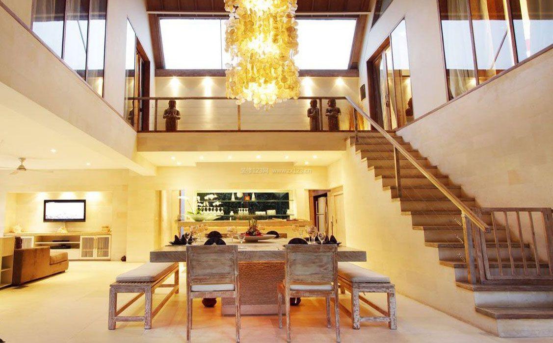 2017现代中式别墅大厅楼梯装饰效果图片