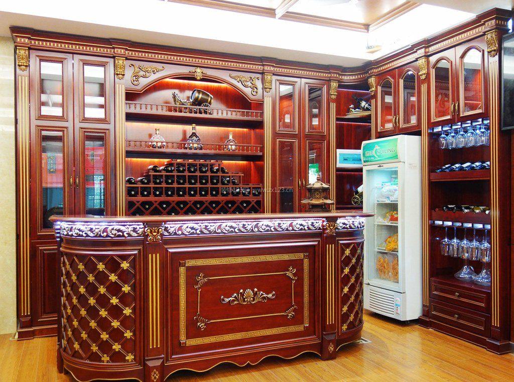 古典设计风格实木酒柜吧台效果图