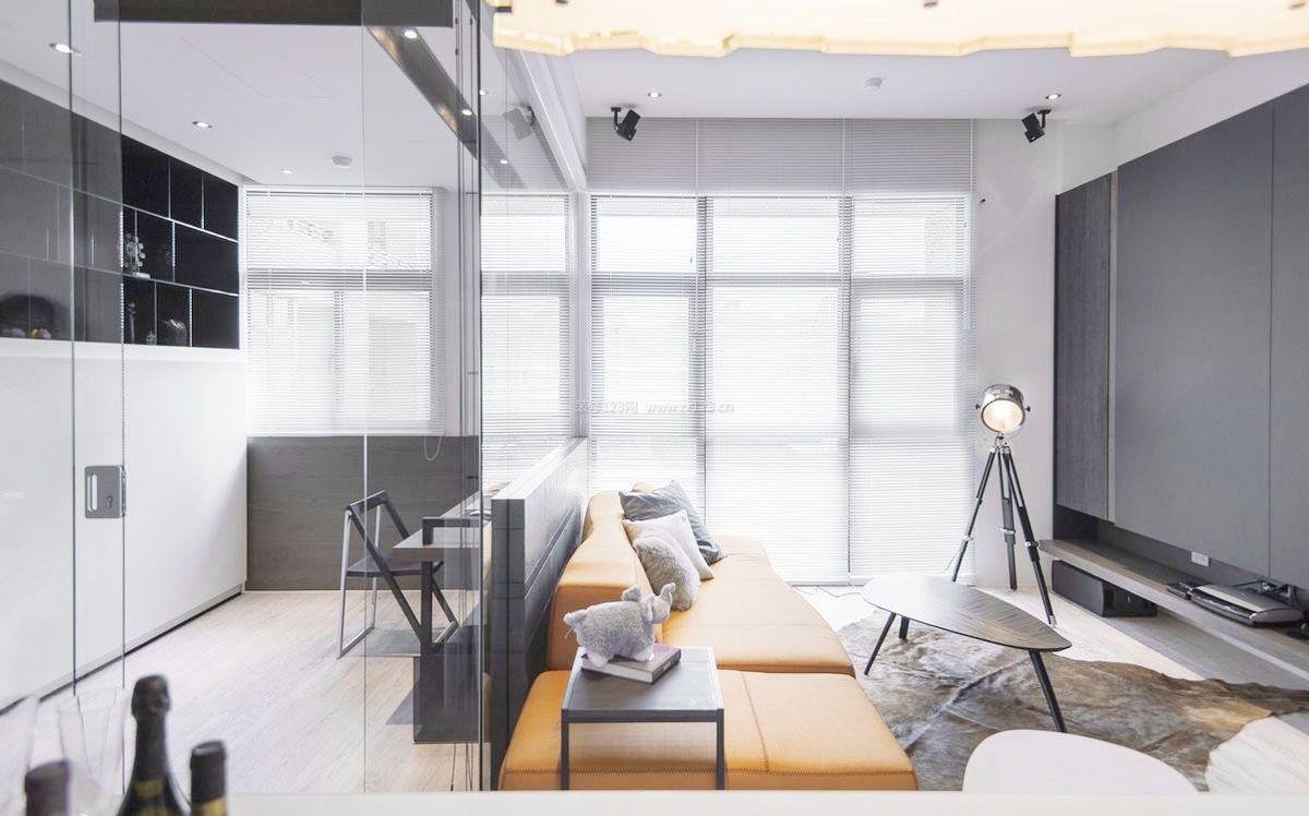 40平公寓客厅书房隔断装修图
