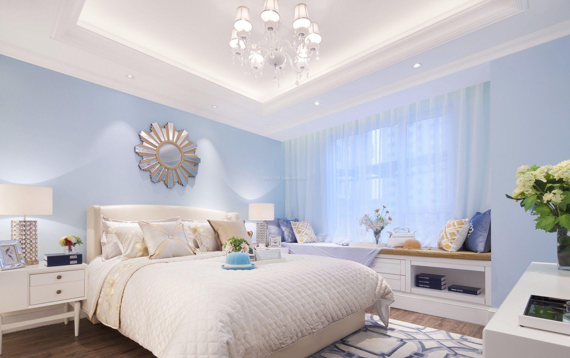 2017简约卧室蓝色壁纸图片欣赏_装修123效果图