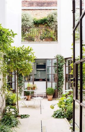 小型别墅屋顶花园效果图-三层半别墅设计图纸及效果图大全