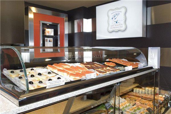 蛋糕店装修玻璃展示柜设计效果图