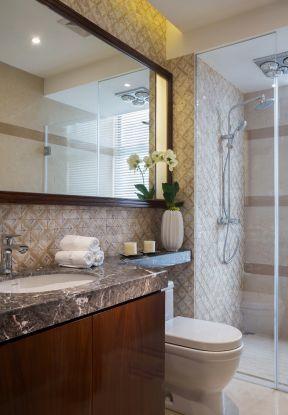 2017新中式卫生间淋浴房玻璃隔断装修效果图-幼儿园卫生间隔断装修