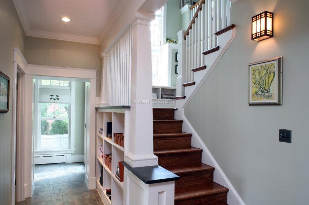 2017楼梯装饰墙壁灯效果图欣赏_装修123效果图