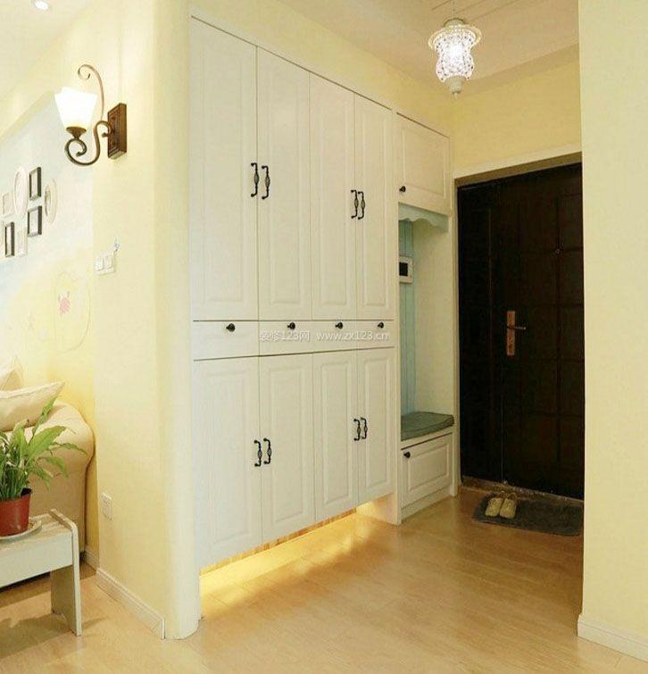 家装效果图 鞋柜 门口嵌入式整体鞋柜设计效果图 提供者:   ←