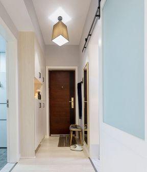 长走廊门口整体鞋柜设计图片