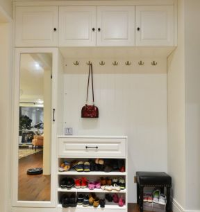 入户门口鞋柜