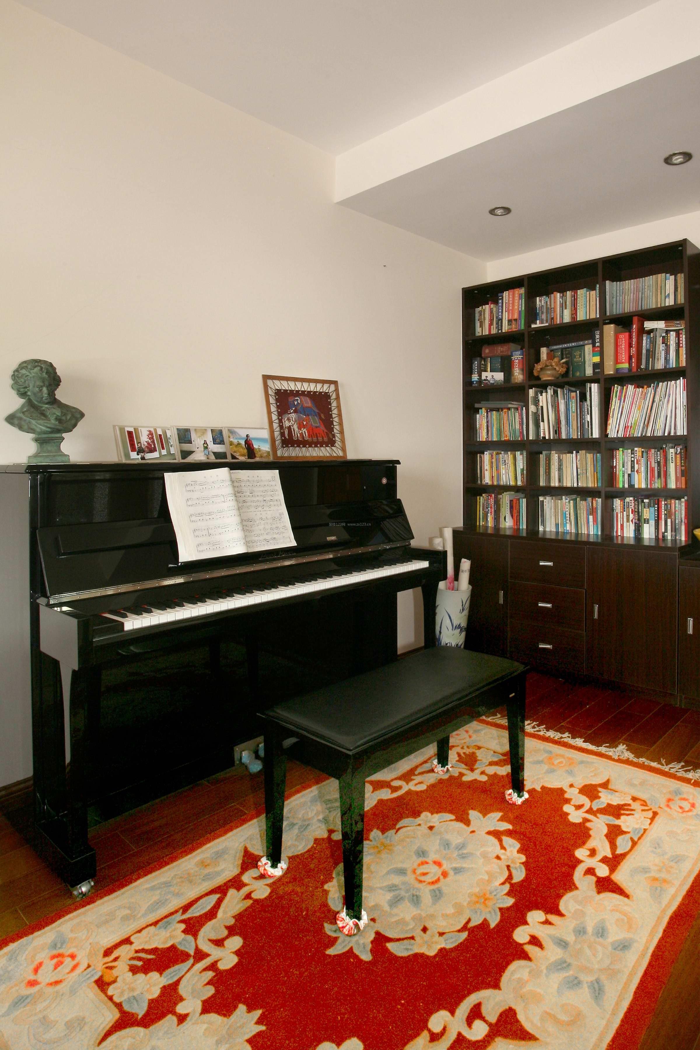 钢琴书房装修效果图,书房风水摆放位置,钢琴放客厅还是放书房
