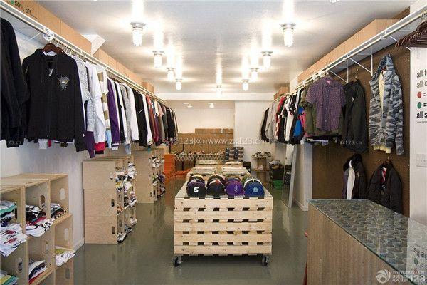 小型衣服店面装修设计效果图图片